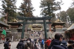 Main road to Yomei gate