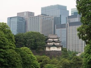 富士見櫓とビル群 Fushimi yagura with buildings